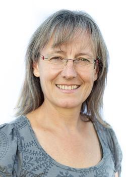 Helga Dolinek